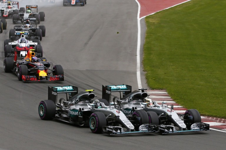 Villeneuve tökéletesen megfogalmazta a Rosberg és Hamilton közötti különbséget!