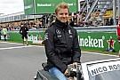 Rosberg jobban focizik, mint Schweinsteiger?
