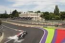 Rosberg szikrázós érintőre vette a falat Bakuban - mázlija volt!