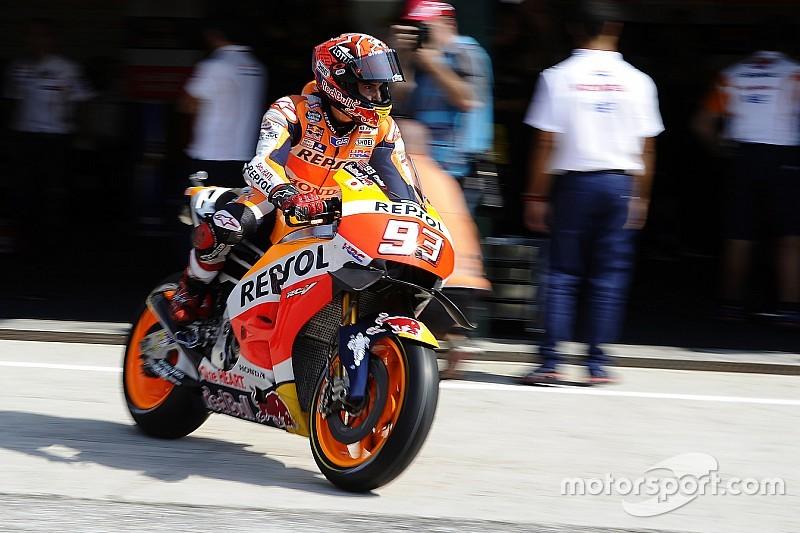 Misano, Warm-Up: Marquez cade ma precede Valentino di un soffio