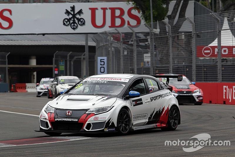 Singapore: la Safety Car protagonista di Gara 2, la spunta Grachev