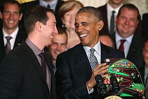 Monster Energy NASCAR Cup 速報ニュース 2015年NASCAR王者カイル・ブッシュ、オバマ大統領と会談