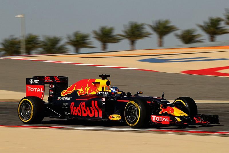 """Хорнер назвал """"безответственным"""" план Mercedes о тестах в Бахрейне"""