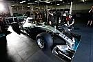 """Gumiteszt 2017: Lauda """"autóba kényszeríti"""" Hamiltont és Rosberget"""