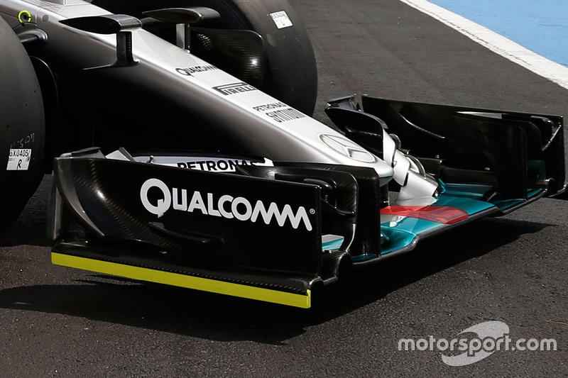 Technikai elemzés: Így változtatta a Mercedes VB-győztes autóját a Pirelli tesztautójává