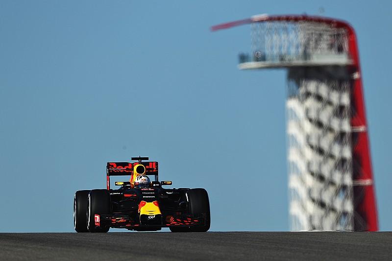 """В Red Bull рассчитывают """"продолжать подбираться"""" к Mercedes"""