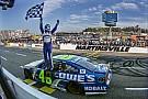 Dank Tempo und Glück in Martinsville: Jimmie Johnson im NASCAR-Finale