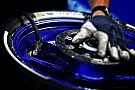Des pneus asymétriques à l'avant et à l'arrière pour Valence