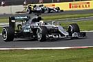 Борьба пилотов за титул не заставит Mercedes изменить подход