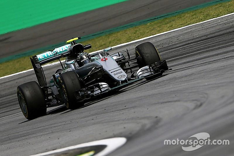 Formel 1 in Brasilien: Der Regen ist da, Nico Rosberg fährt Bestzeit