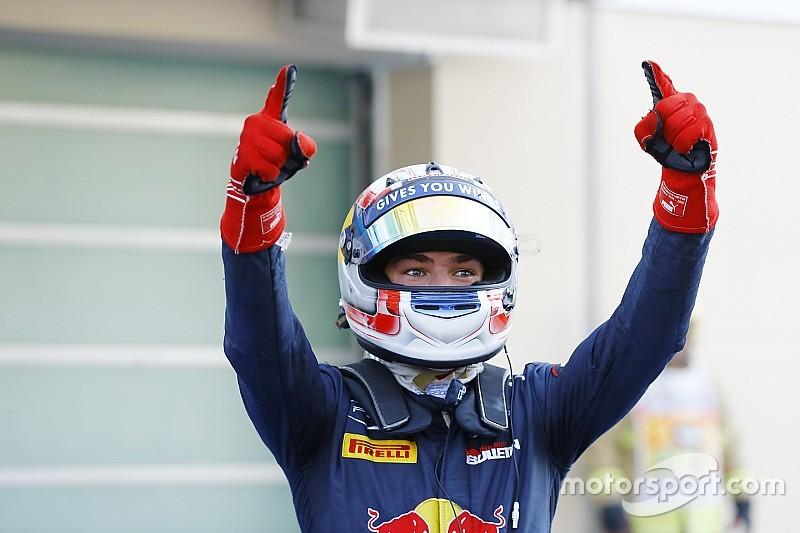 Red Bull пообещал Гасли будущее в Формуле 1