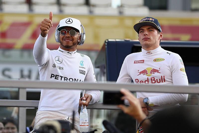 Хемілтон та Ферстаппен – найкращі гонщики за версією босів команд