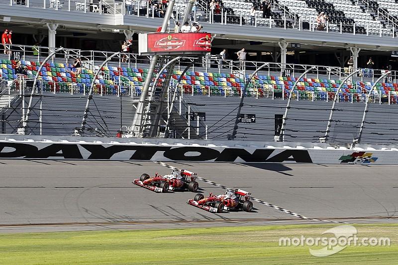 VÍDEO: Vettel e Raikkonen andam com Ferrari de F1 em Daytona