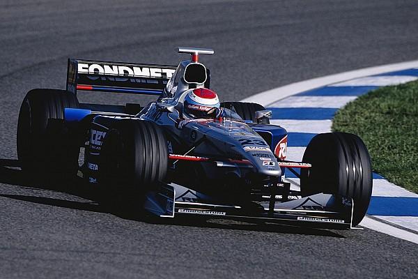 Ex-piloto da Minardi na F1, Tuero anuncia aposentadoria