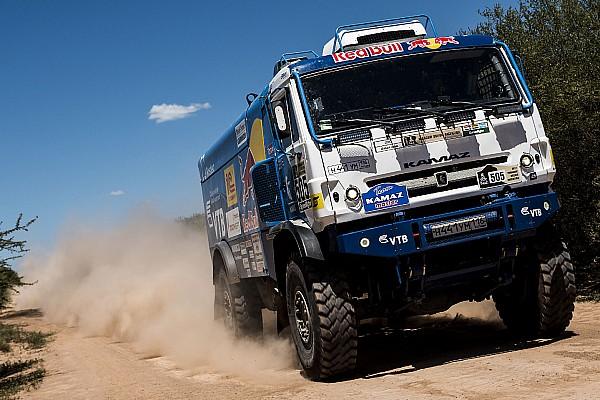 Dakar 2017, 3. Etap: Nikolaev en hızlı, De Rooy ve Van den Brink sorunlarla boğuşuyor