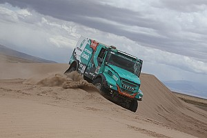 Dakar Resumen de la etapa Camiones: De Rooy alcanza el liderato con otra victoria