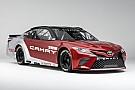 Monster Energy NASCAR Cup Toyota yeni NASCAR Camry aracını tanıttı