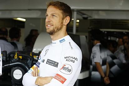 Button probó un Honda Civic de rallycross