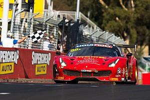 Endurance Gara La Ferrari trionfa a Bathurst, van Gisbergen sbatte e scatta la polemica