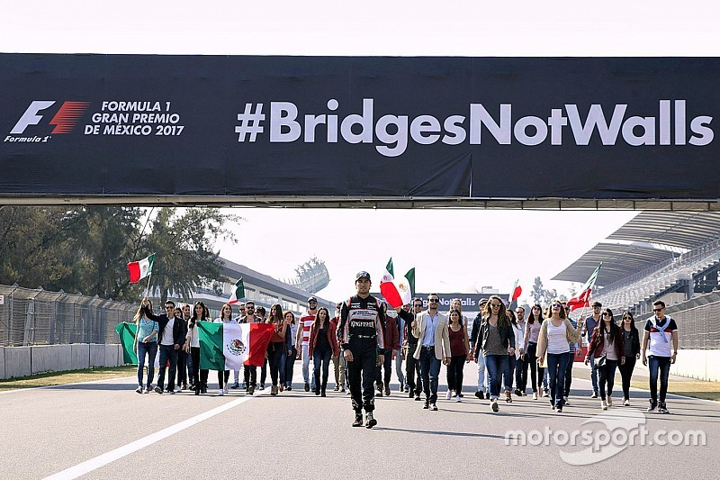 Video: Sergio Pérez y la campaña Bridges Not Walls