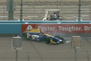 IndyCar Noticias de última hora Rossi chocó en Phoenix