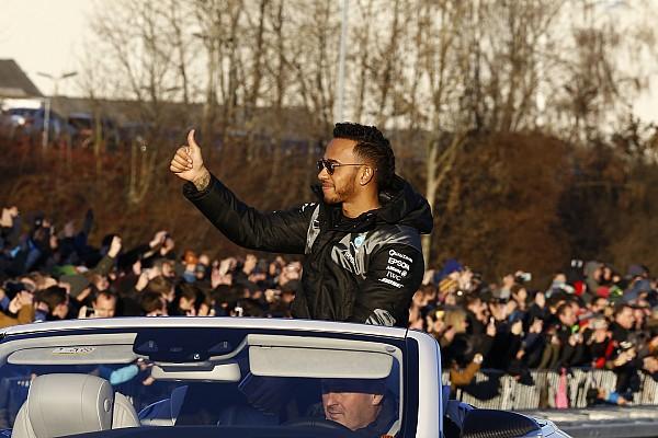 Formula 1 Son dakika Hamilton, Bottas'ın neler yapacağını merak ediyor