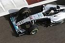 F1 Hamilton considera