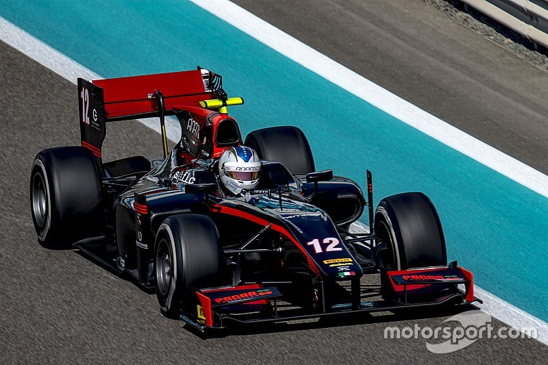 Johnny Cecotto en el top cinco en el primer día de test de F2