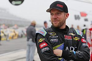 NASCAR Cup Últimas notícias Regan Smith substitui Aric Almirola no fim de semana