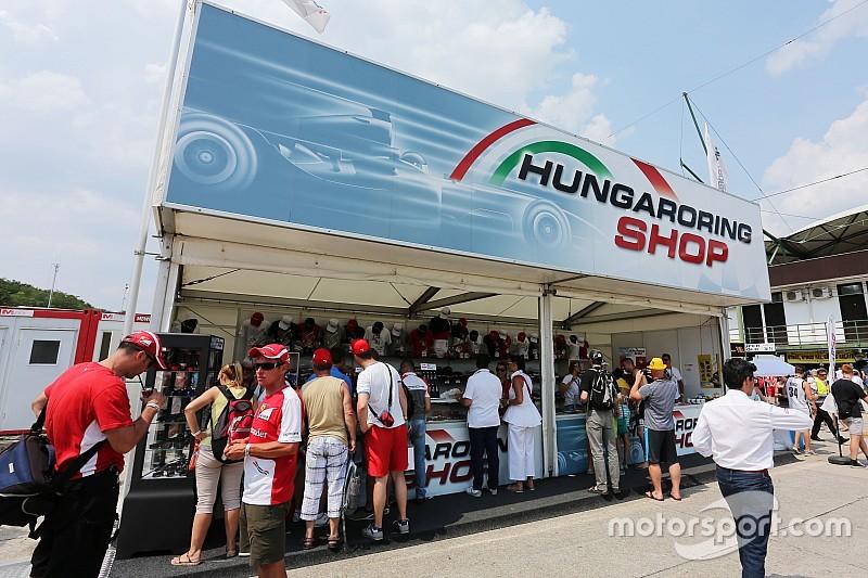 Magyar színekben az F1-es autó: BKV szponzorként