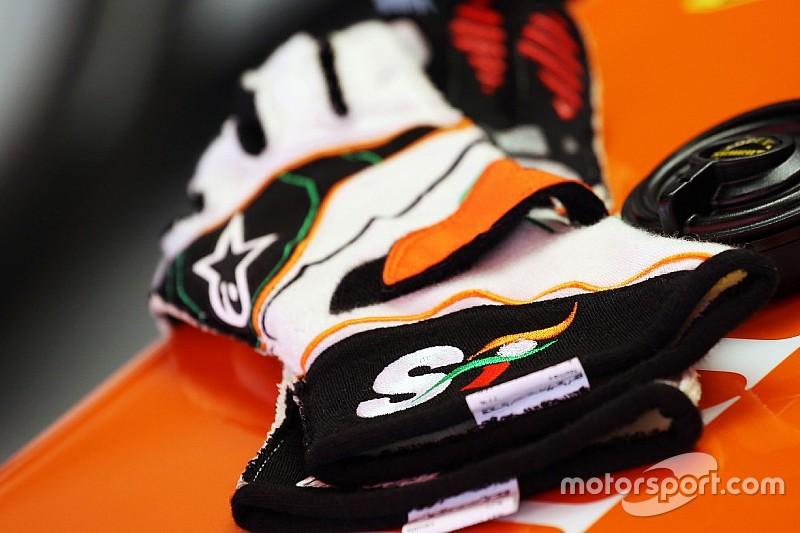 A subasta guantes de Sergio Pérez en redes sociales