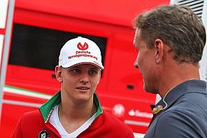 Jochen Mass: Das macht Mick Schumacher besser als Max Verstappen