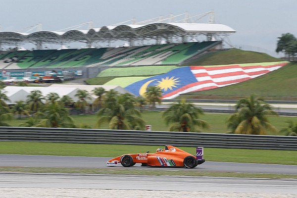 Formula 4 Noticias de última hora Carrera de F4 termina sin coches en Sepang