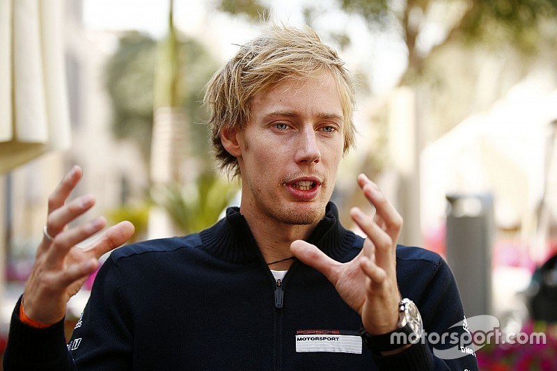 Хартли вручили 50-страничную инструкцию к машине Toro Rosso