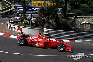 Formule 1 Nieuws Schumachers Monaco-winnende wagen brengt recordbedrag op tijdens veiling