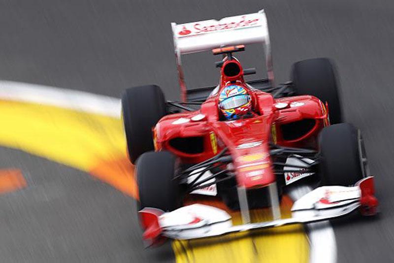 Alonso foi o melhor da sexta-feira em Valência
