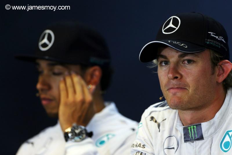 Clima entre os dois pilotos da Mercedes se deteriorou