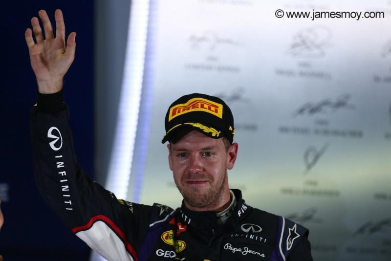 Vettel obteve o melhor resultado do ano em Cingapura