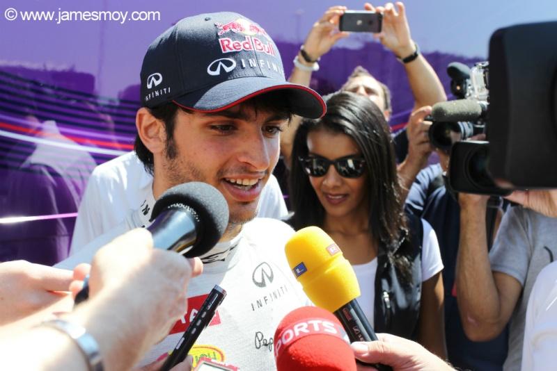 Carlos Sainz Jr. é especulado para se tornar titular da Toro Rosso