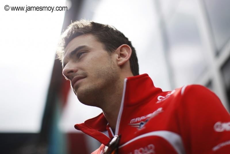 Acidente de Bianchi movimenta os bastidores da F1 desde Suzuka