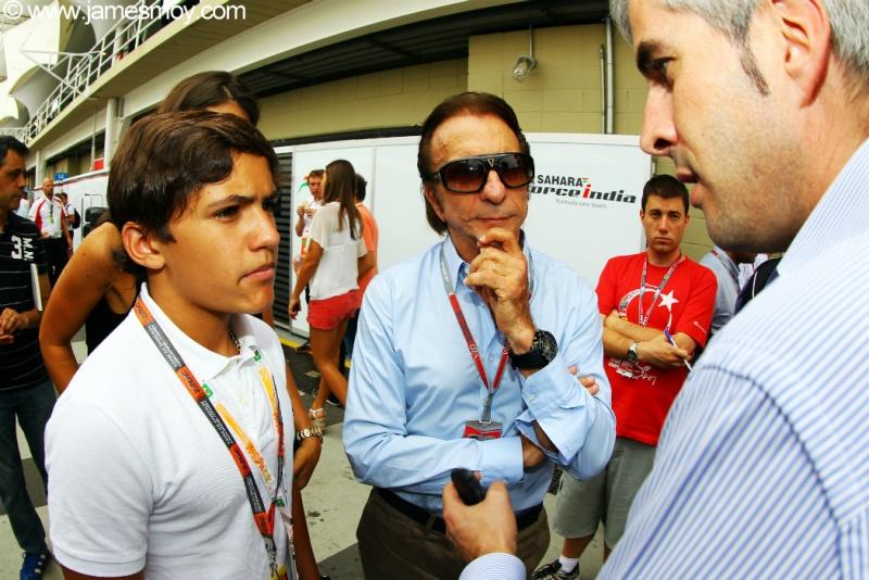 Pietro ao lado de Emerson, em 2012, no GP de Interlagos