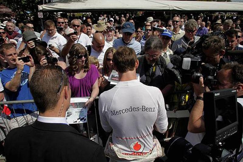 Button conta com o apoio da torcida em Silverstone