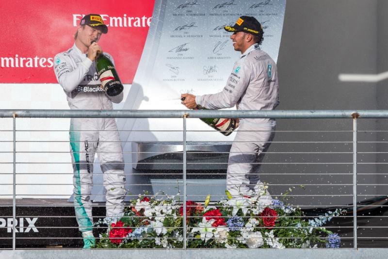 Rosberg e Hamilton ainda disputarão o título em Abu Dhabi