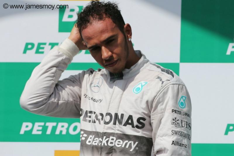 Hamilton viu a vantagem na liderança cair para 17 pontos