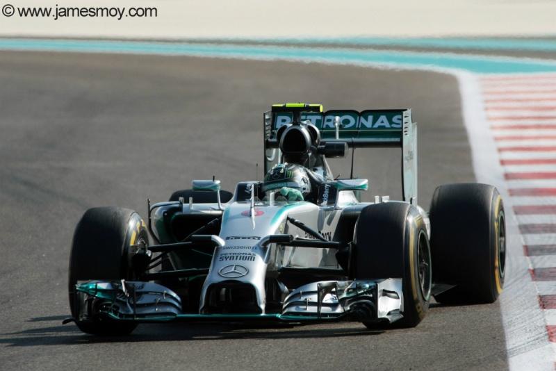 Rosberg respondeu a Hamilton e liderou o terceiro treino