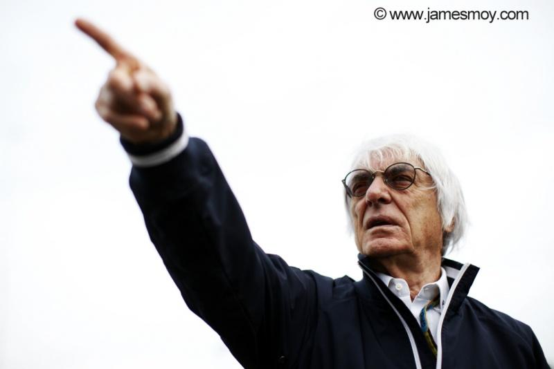 Ecclestone agora é a favor dos jovens na F1