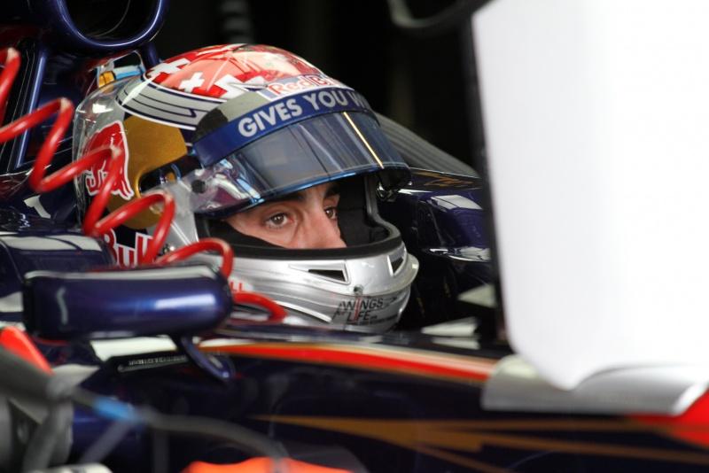 Sebastien Buemi terminou ambas as sessões de sexta-feira em 14º lugar