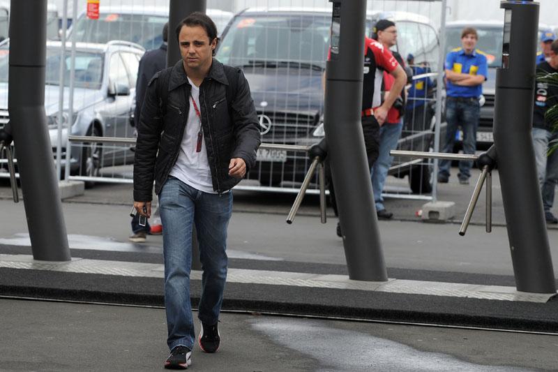 Massa chega na fria Nurburgring nesta quinta-feira
