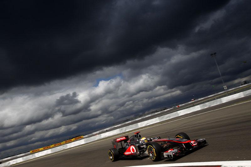 Lewis Hamilton e as nuvens escuras de Nurburgring