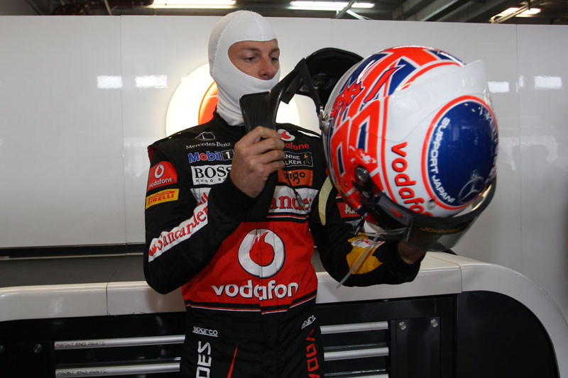 Button larga em sétimo no GP da Alemanha